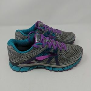Brooke Adrenaline Gts 17 Running Shoes Size 7 Med